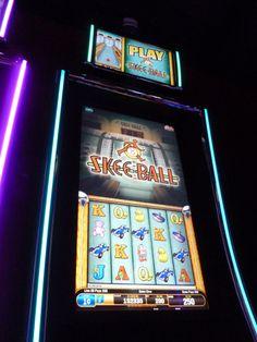 Skee Ball slot game