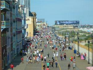 Atlantic_City_Boardwalk_view_north_from_Caesars