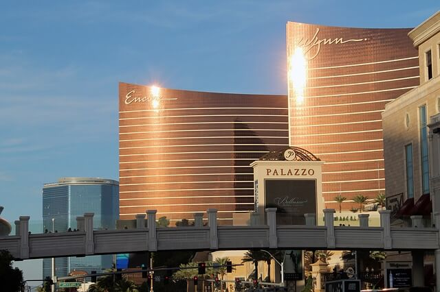 Live Entertainment Returns to Las Vegas, COVID-19 Worries Remain