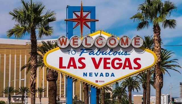 Las Vegas casino occupancy cut to 25%
